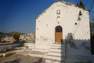galatas_poros_chiesa_alto