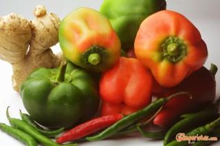 misto di peperoni e chillies