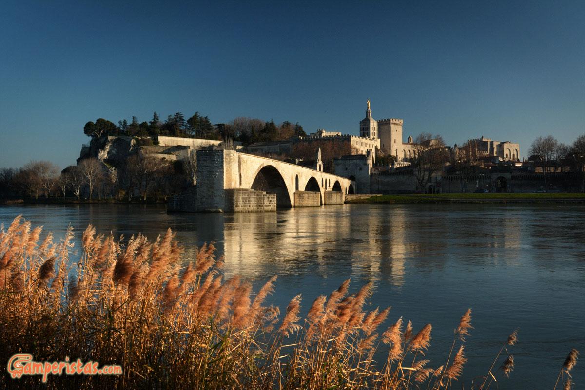 Sotto il ponte di Avignone | Camperistas.com