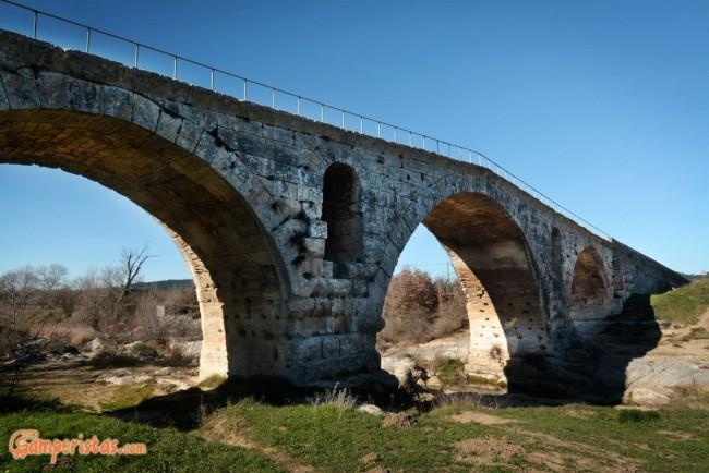 France, Pont Julien