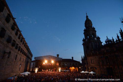 Concerto soul davanti alla cattedrale. Molto suggestivo,