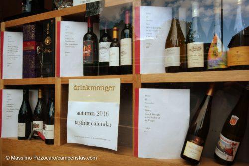 Un'idea molto simpatica. Degustazioni di vini, birre, tè ecc. organizzate dalle enoteche, bar ecc.