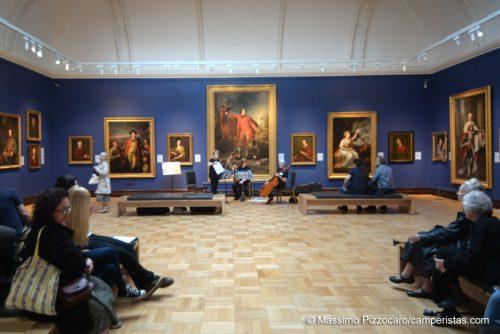 Un altro modo di attirare pubblico son i concerti e altri eventi organizzati all'interno della galleria.