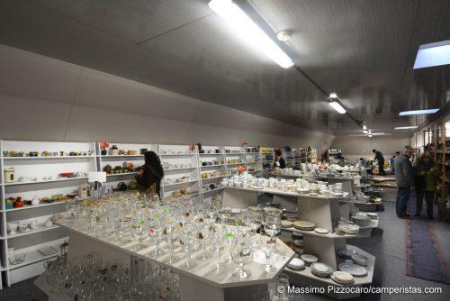 Il De Kringwinkel. Un negozio di oggetti usati da non perdere.
