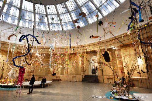 Metafloristik, un'installazione di Gerda Steiner e Jörg Lenzlinger, molto suggestiva...
